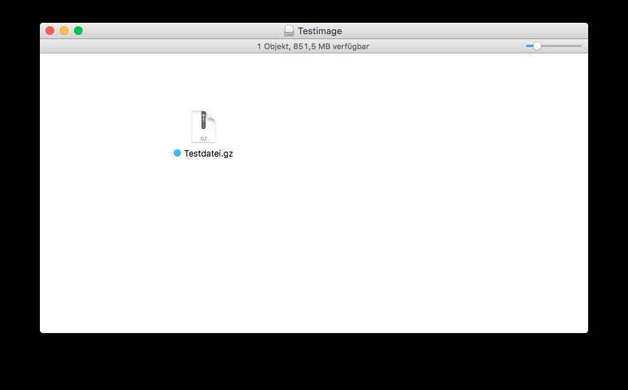 Datei erfolgreich kopiert, Restspeicherplatz wird oben angezeigt.